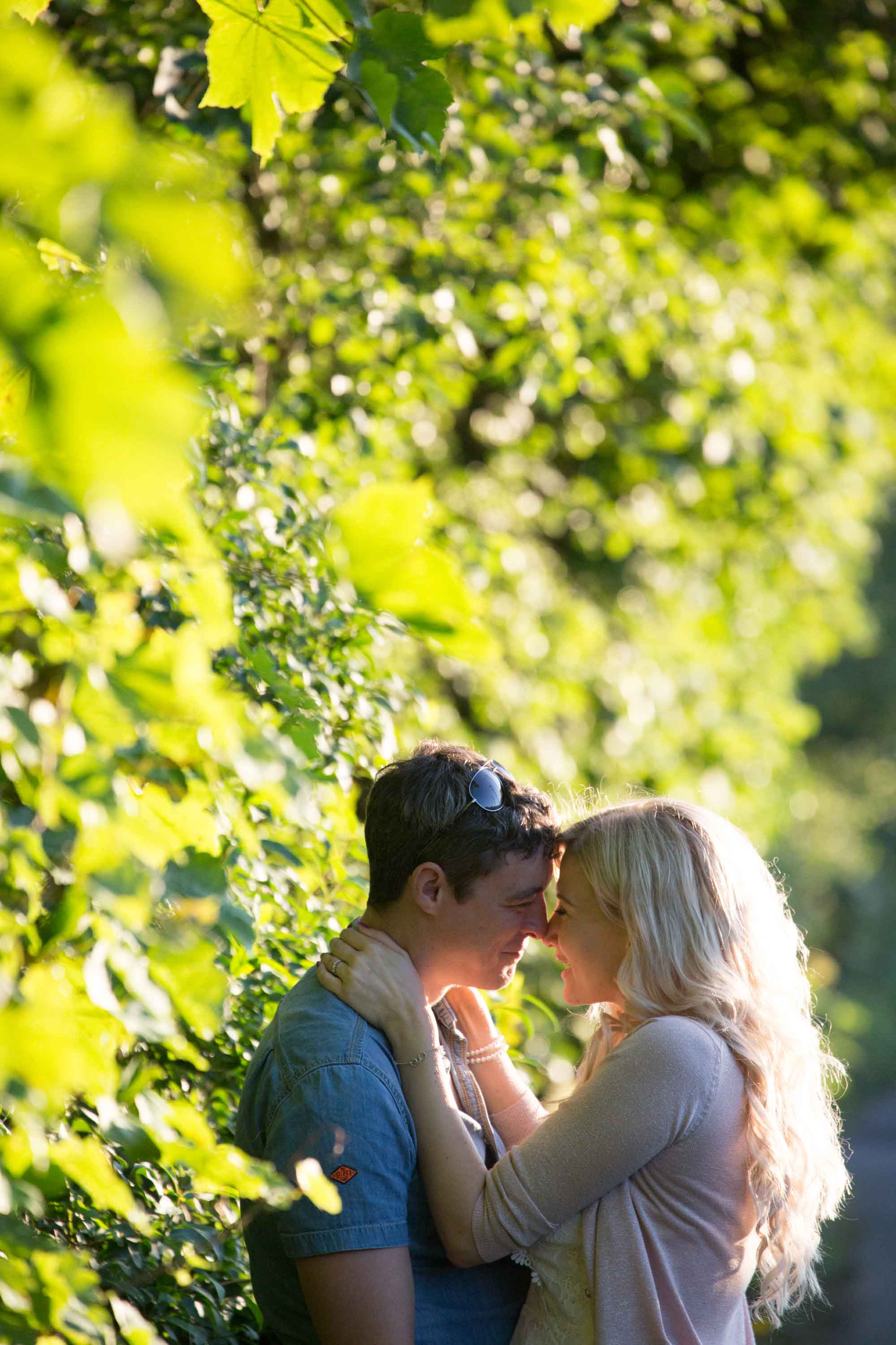 kiss before the wedding