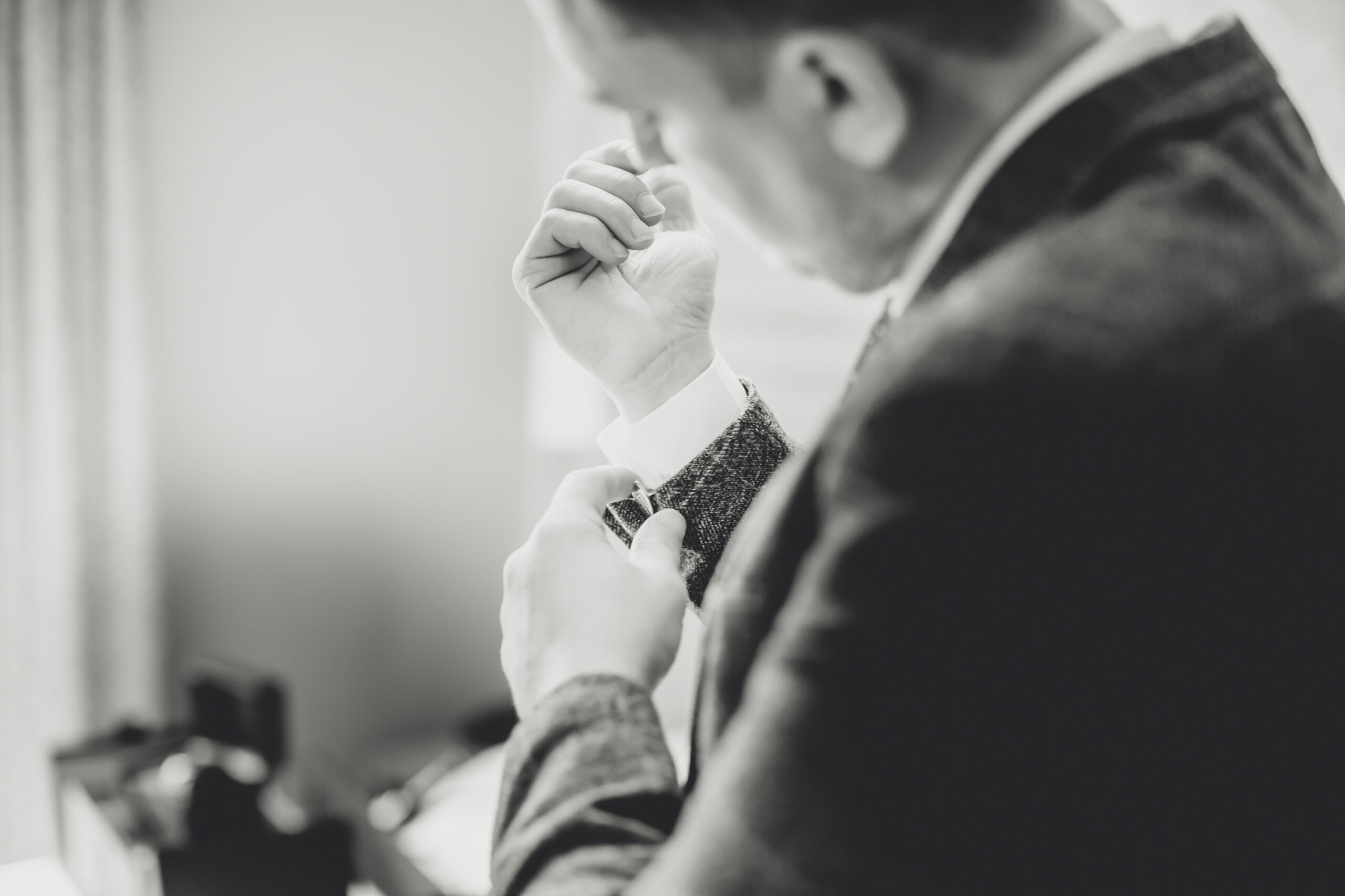 groom gets ready at the gretna green hotel